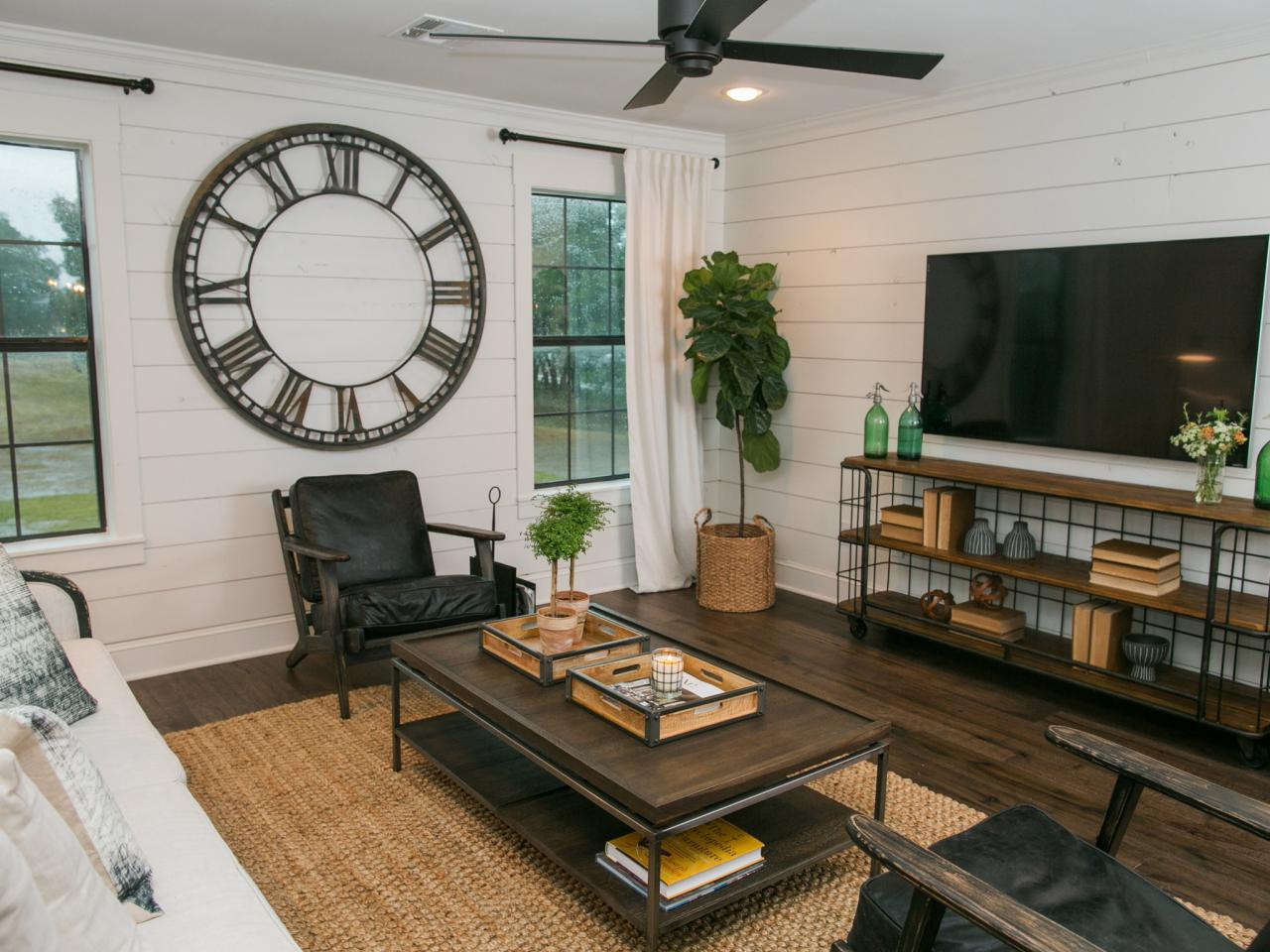 Photo HGTV - inspired shiplap walls for a rustic home look.