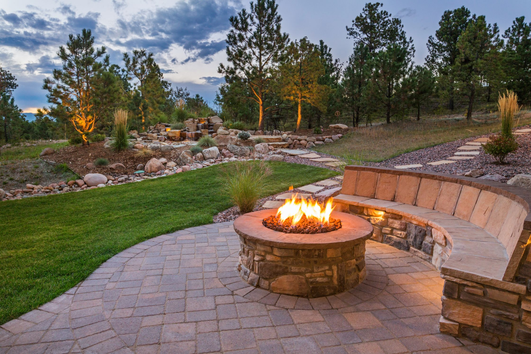 Picking The Best Colors For Outdoor Spaces