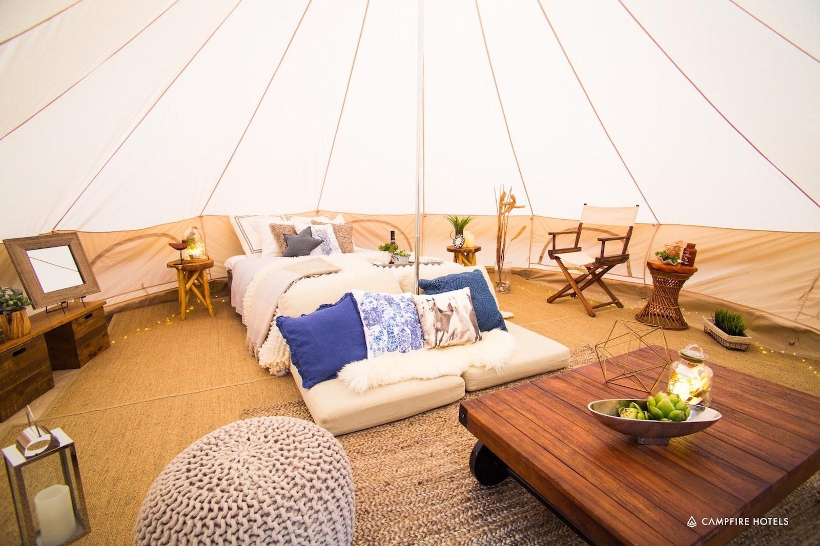 01 - グランピングテント シグネチャーセットCampfire Hotelsのシグネチャーグランピングセット。宿泊できるタイプです。ご好評いただいているデザイン性の高い空間をお楽しみください。