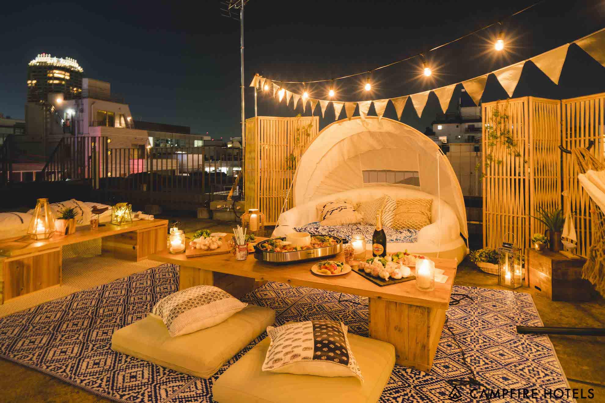 03 - アウトドアパーティーセットアウトドアパーティーを華やかに演出するセットです。流行のロースタイルセッティングは親密さを生み、ゲストからも喜ばれます。