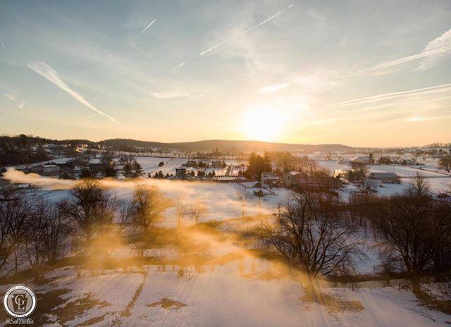 March ... oh you mean fog season. Yeah I love fog season! #fog #countryside #grandlancaster #lancastergram #iglanc #uncoveringpa #pennlive #discoverlancaster #alwayslancaster #country_features #rsa_rural #wanderlust #upintheair #dji #djimavicair #mavicair #dji_global #dronestagram #dronedaily #sunrise #keystonemade #visitpa #pennsylvania #amishcountry