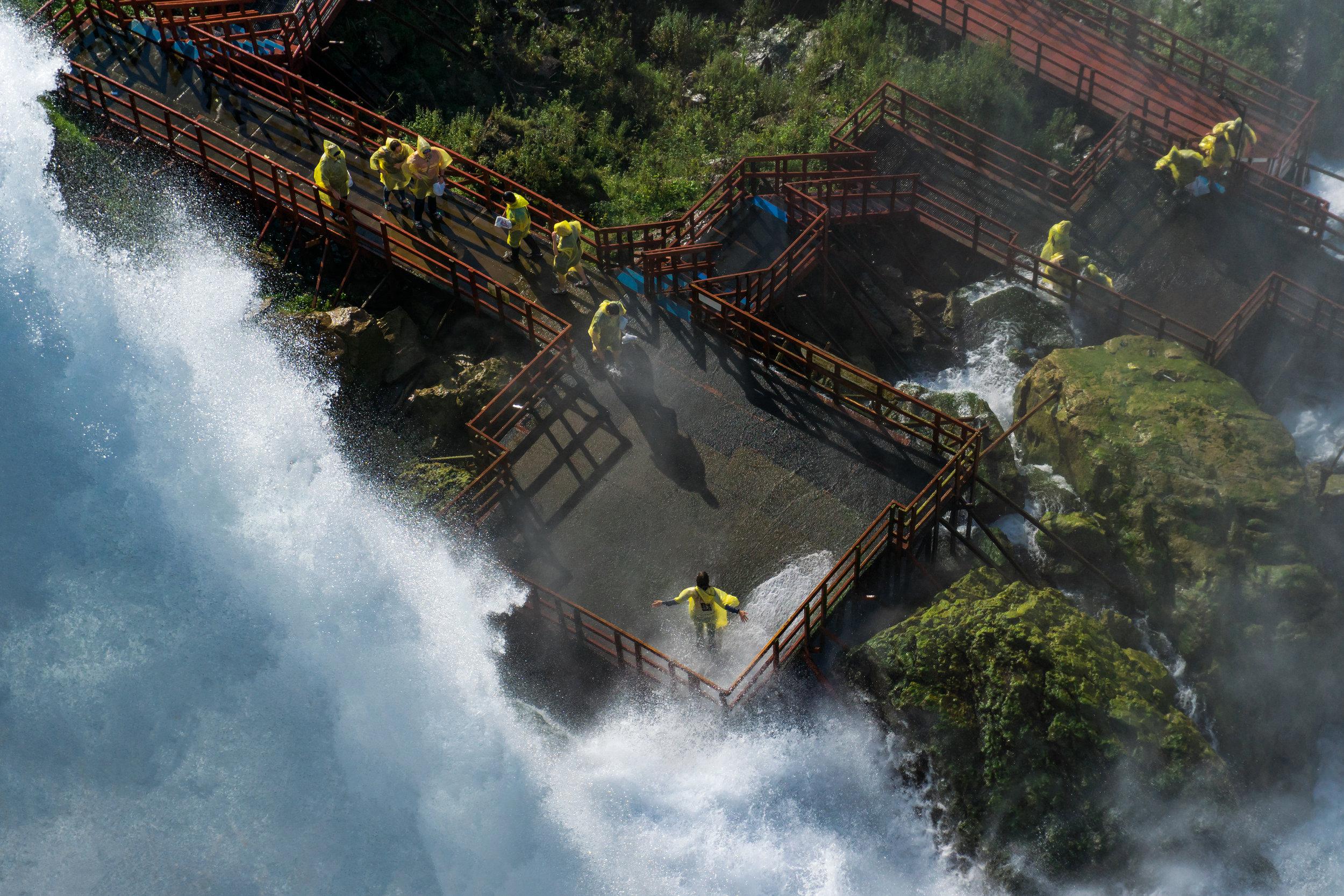 1642 - Niagara Falls 2018 - Bridal Veil Hurrican Deck