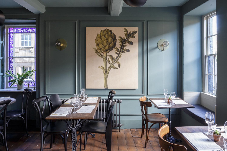 Front-dining-room-1.jpg