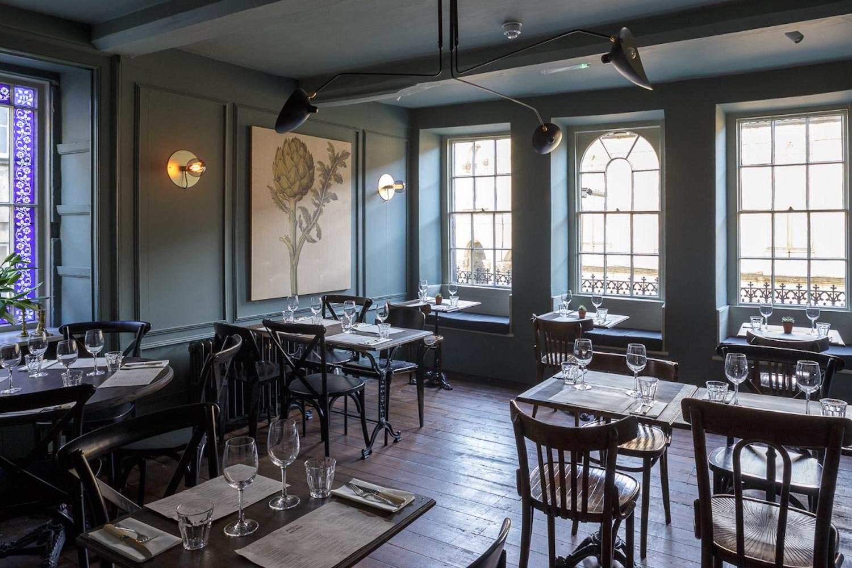 Front-dining-room.jpg