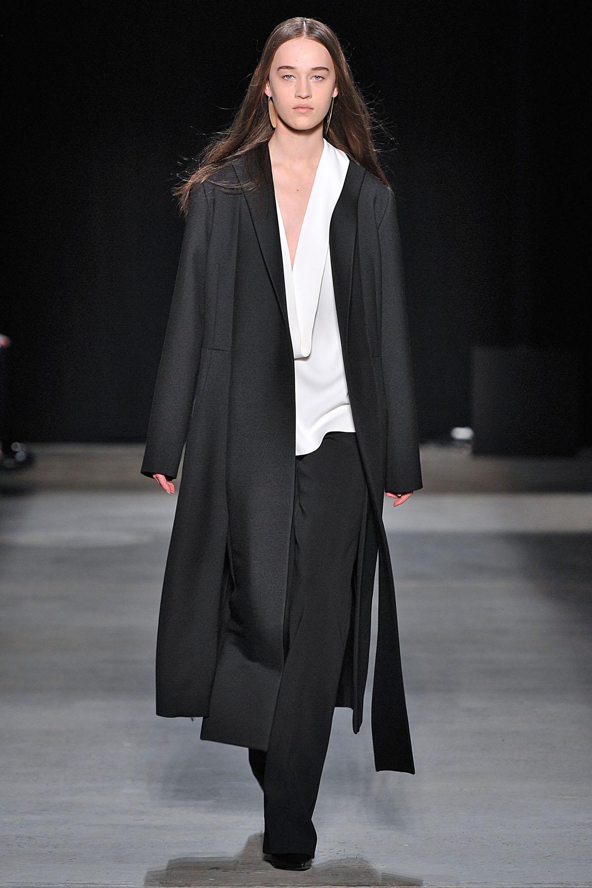 Look 30 Onyx wool/silk twill coat with chalk crepe top and onyx wool/silk barathea trouser.