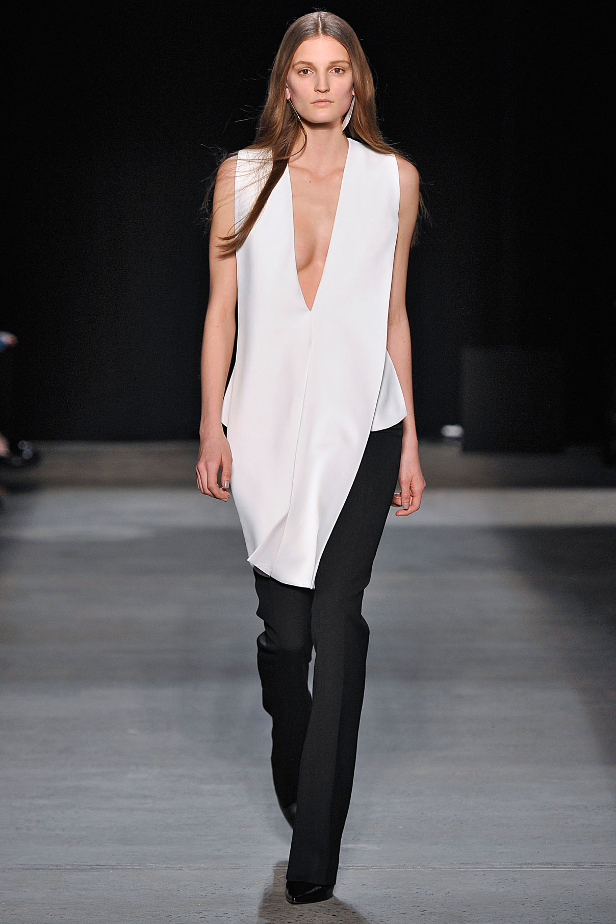 Look 33 Opal panné velvet harness top with onyx wool/silk trouser.