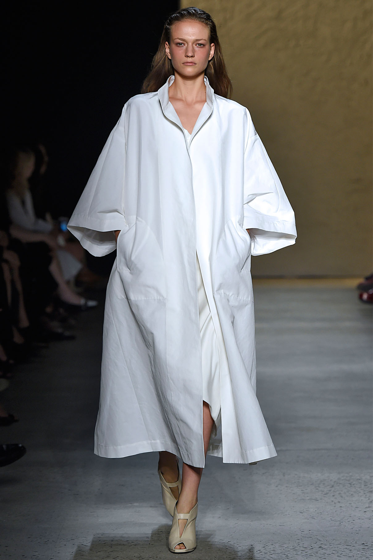 Look 11 Pearl silk/cotton faille trench coat with pearl silk twill bias dress.