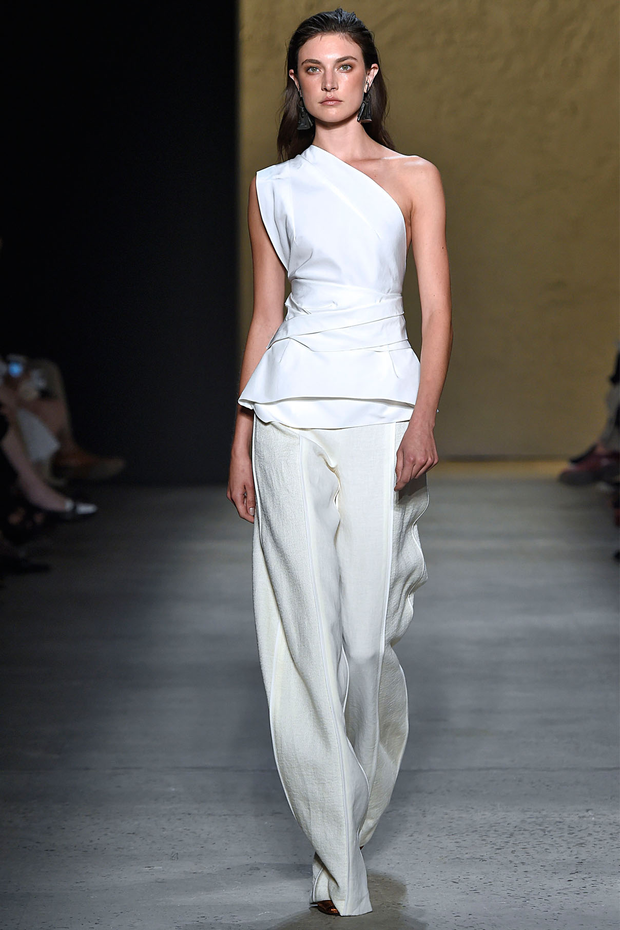Look 27 Pearl silk/cotton faille origami top with alabaster bonded linen tweed/silk chiffon arch pant.