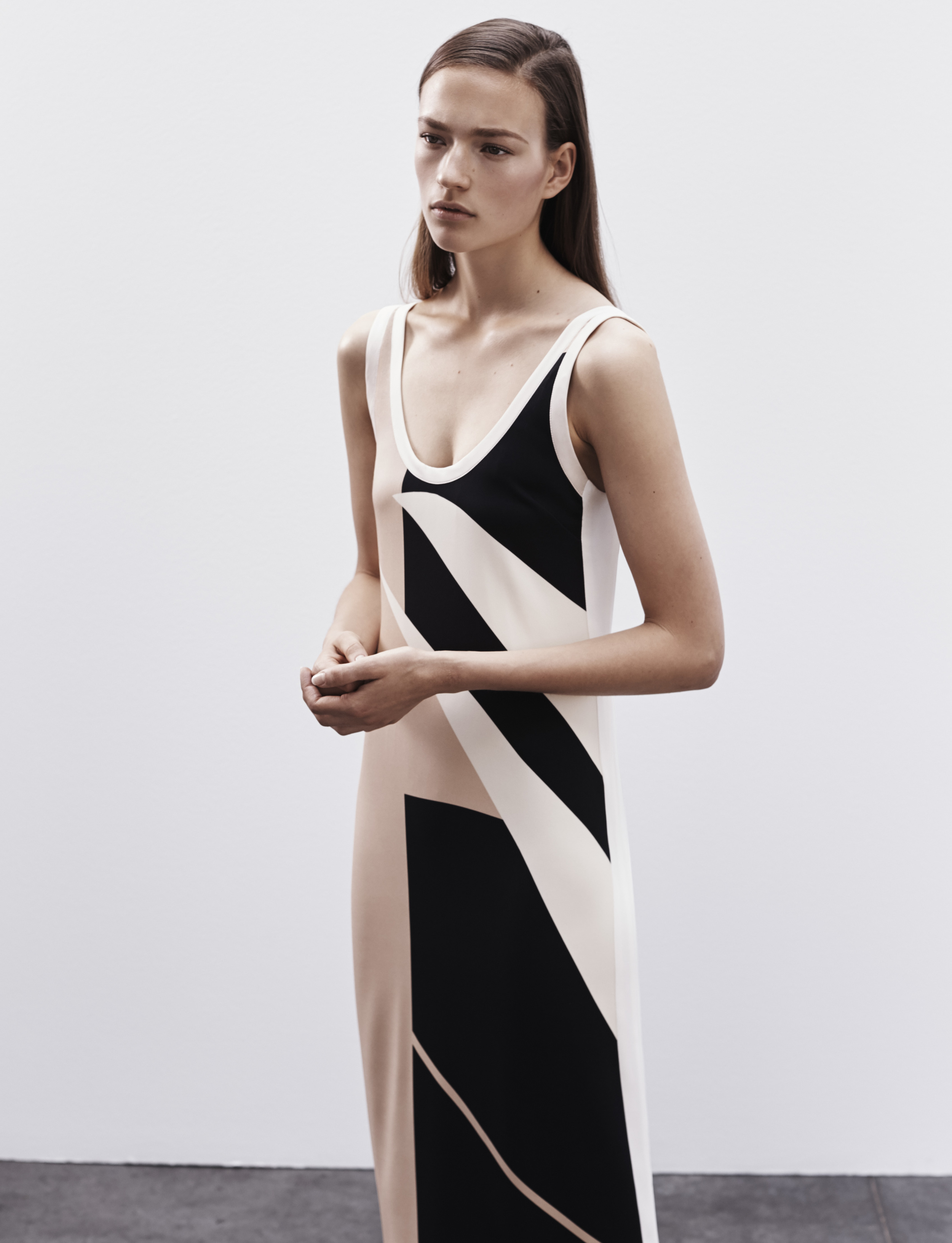Look 7 Pink/black/white printed viscose crepe dress.
