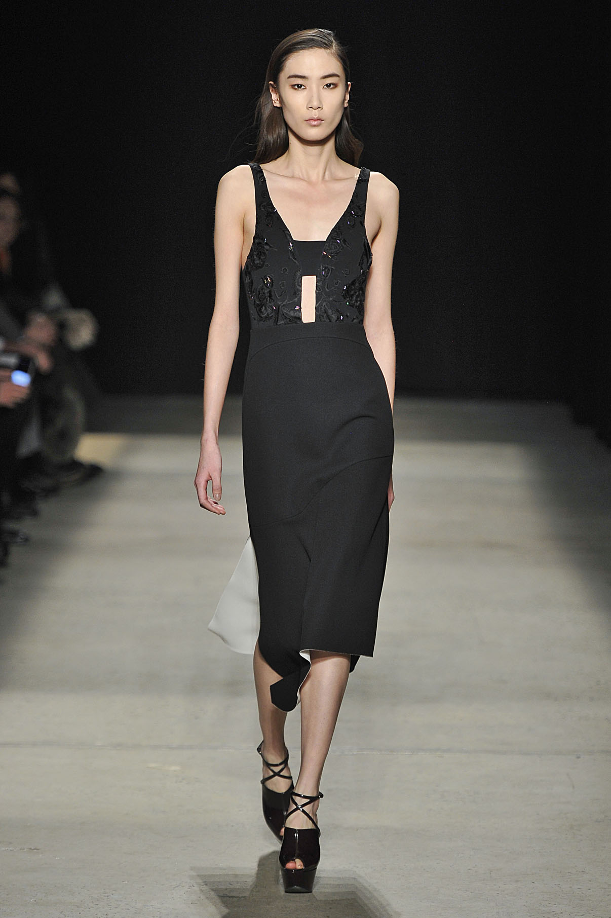 Look 22 Black/chalk bonded silk embroidered dress.