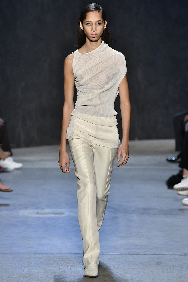 Narciso Rodriguez Spring 2017 collection. Parchment bias silk rib knit pullover with parchment silk/cotton twill trouser.