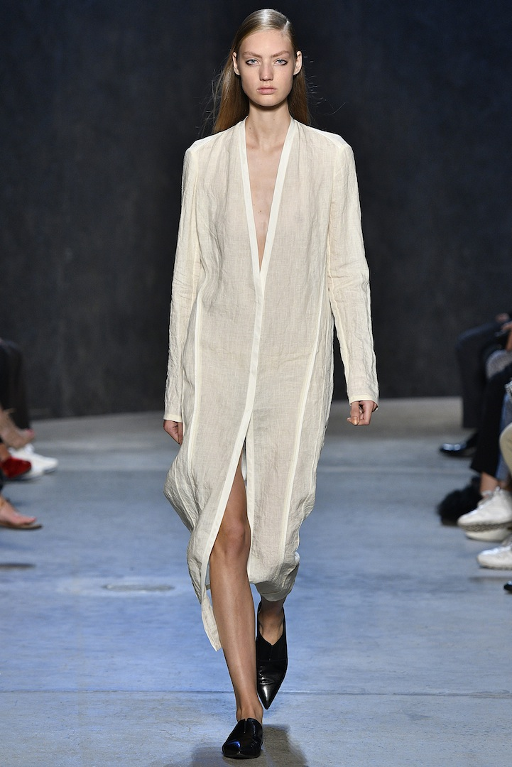 Narciso Rodriguez Spring 2017 collection. Parchment compressed linen cardigan jacket dress .