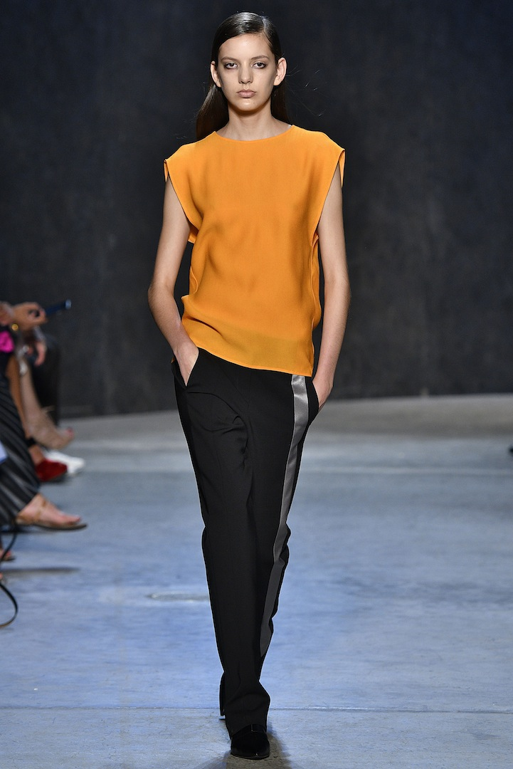 Narciso Rodriguez Spring 2017 collection. Amber pebble silk top with mercury/black double constructed wool trouser.