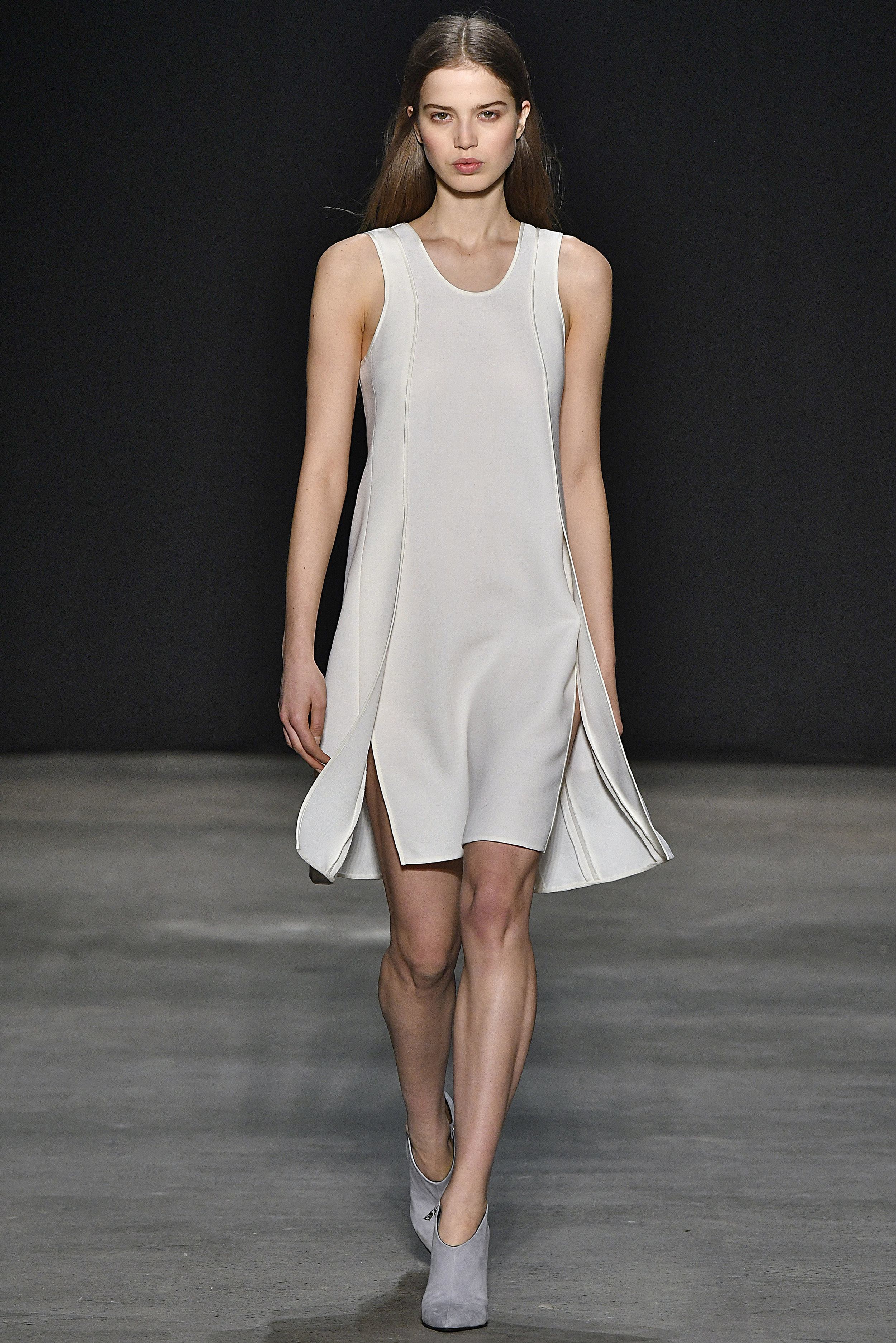 Narciso Rodriguez Fall 2017 collection. Ivory wool gauze panel dress.