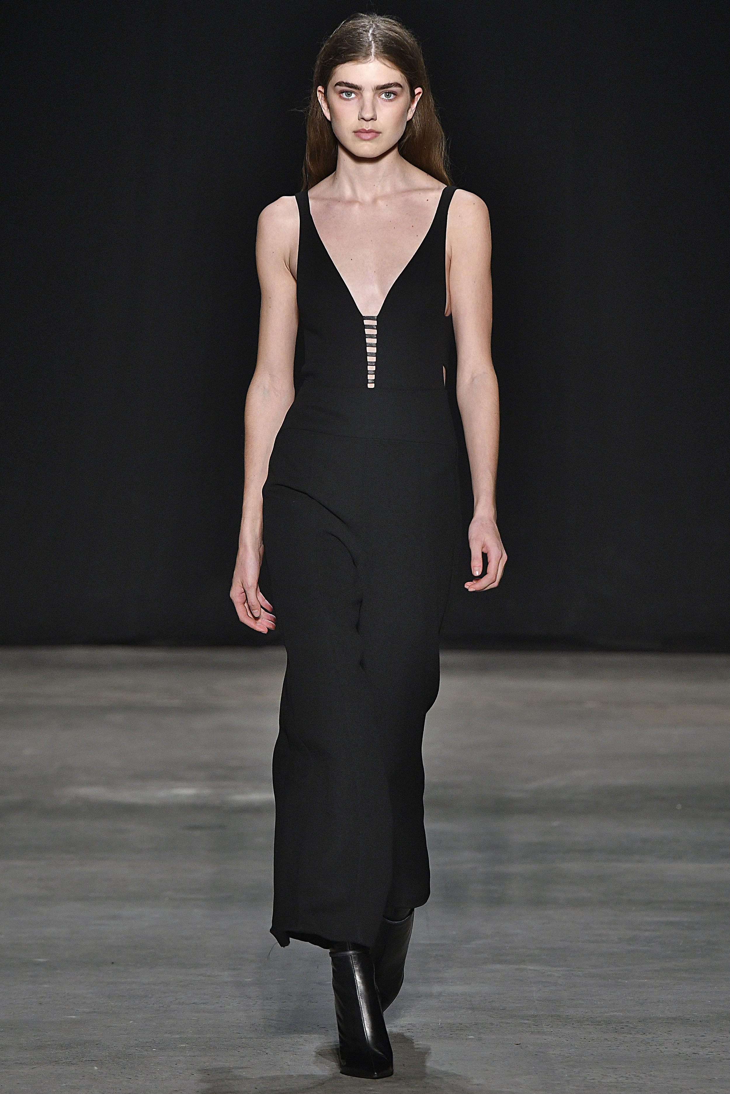 Narciso Rodriguez Fall 2017 collection. Black wool gauze jumpsuit.
