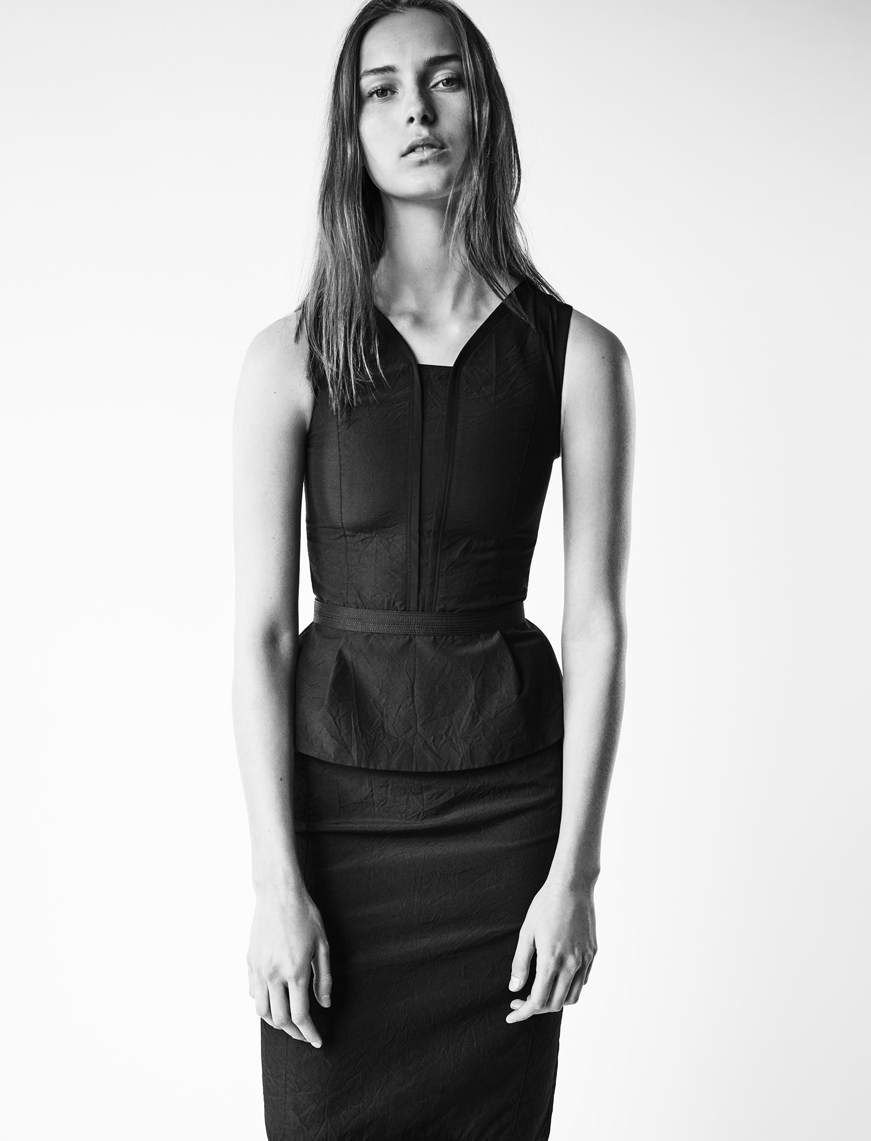 Look 6 Black wool-linen top with black wool-linen pencil skirt.