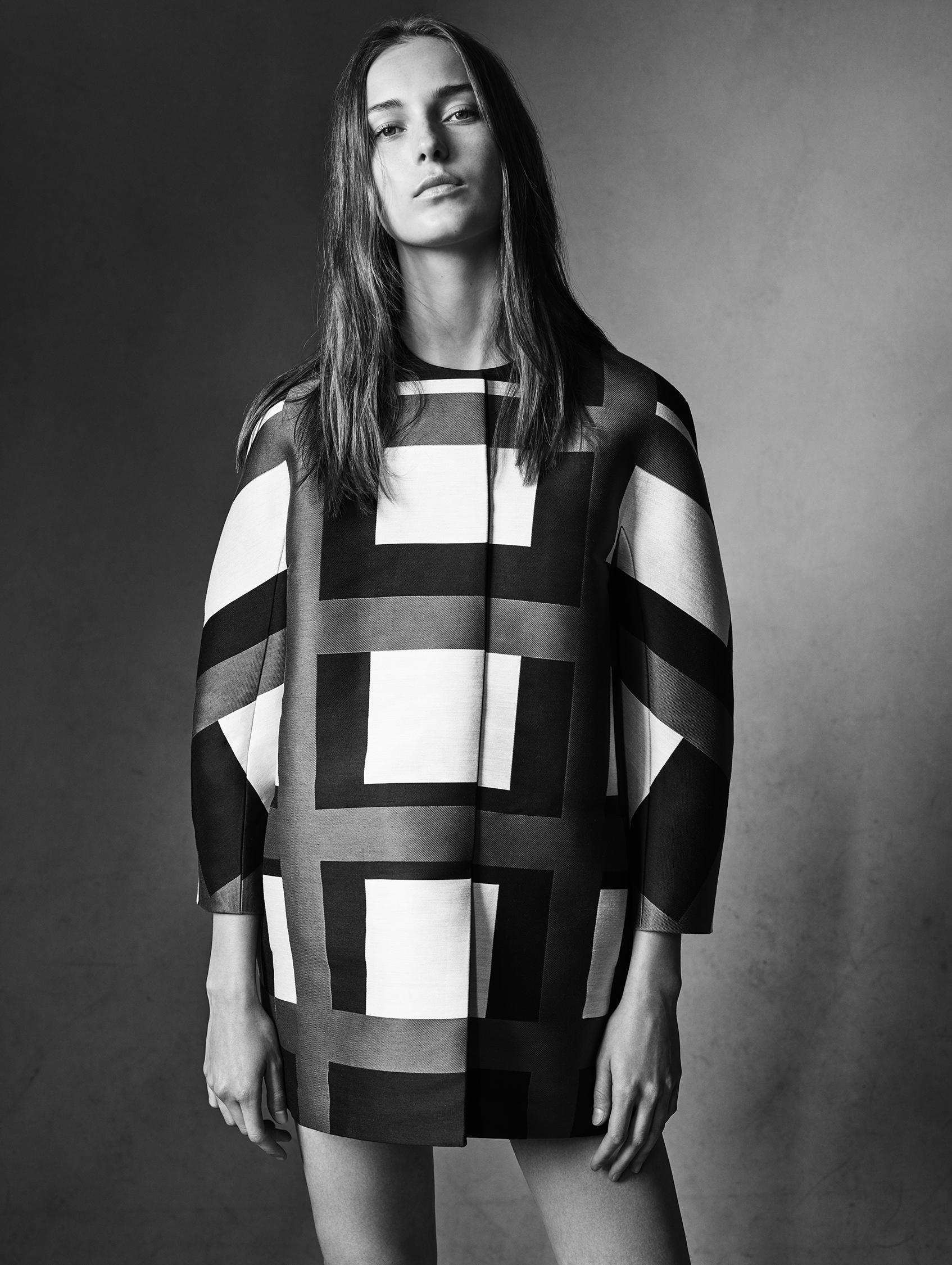 Look 12 Black/white/grey plaid satin jacquard coat.