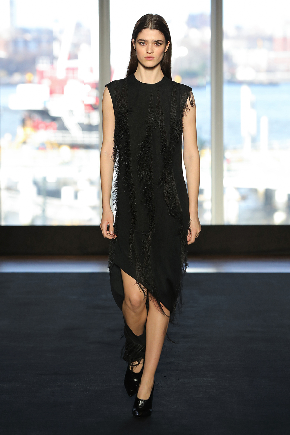Look 20 Black metal chain embroidered wool dress.