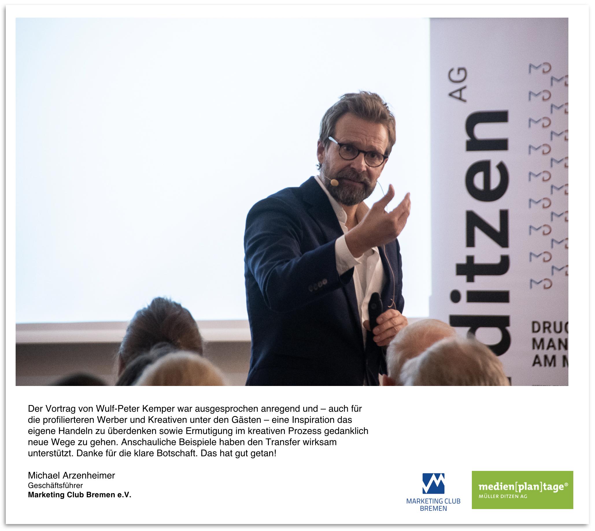 """Vortrag """"Von der Strategie zur Kreation"""" am 05. November 2018 - """"Herr Kemper ist ein echter Speaker. Mit seinem Vortrag brachte er neue Impulse und Anreize, um eingefahrene Prozesse zu überdenken und sorgte rundum für einen gehaltvollen Abend. Das bestätigt auch das Feedback unserer Teilnehmer, die den Vortrag in Schulnoten zu 1,3 bewertet haben."""", Niko Matthäus, medienplantage."""