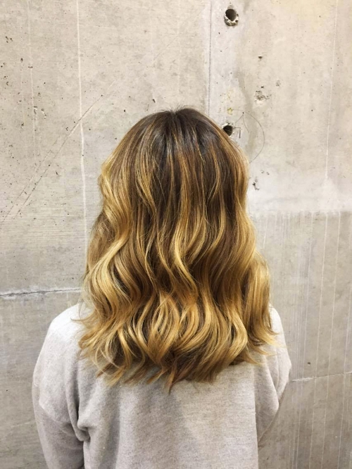 blunt-bluntmtl-griffintown-hairsalon-mtlhairsalon-highlights-hair-coiffure-saloncoiffuremontreal-angelalucia-beauties-leabegin