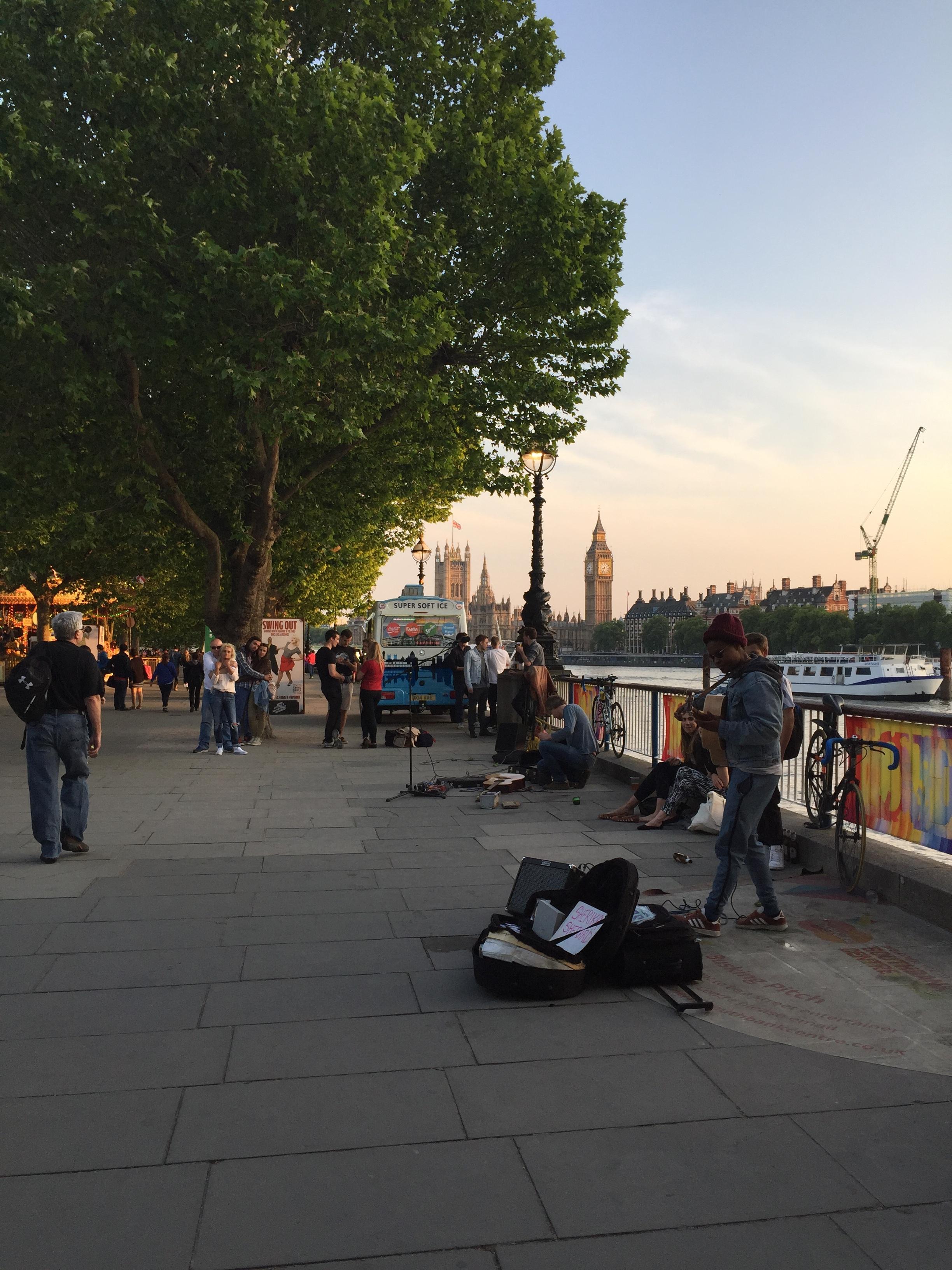The banks, Thames River -Photo credit: Lucía Ortega