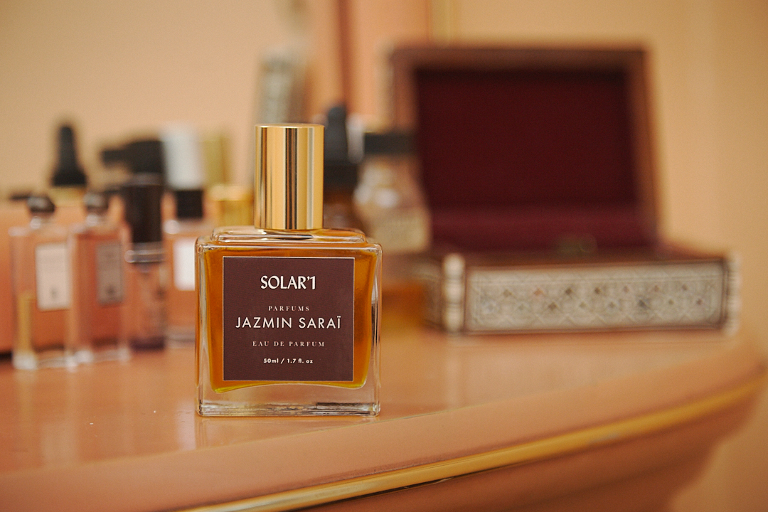 perfumer, beauty talks, top shelf, beauty, caudalie, glossier, body oils, hair care, skin care, makeup, dana el masri, beauty, atelier, natural cosmetics, handmade perfume, artisan perfumer, knowledge, portrait, jazmin saraï, marianne caron, beauties, solar