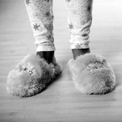 GettyImages-74010435_slippers.jpg