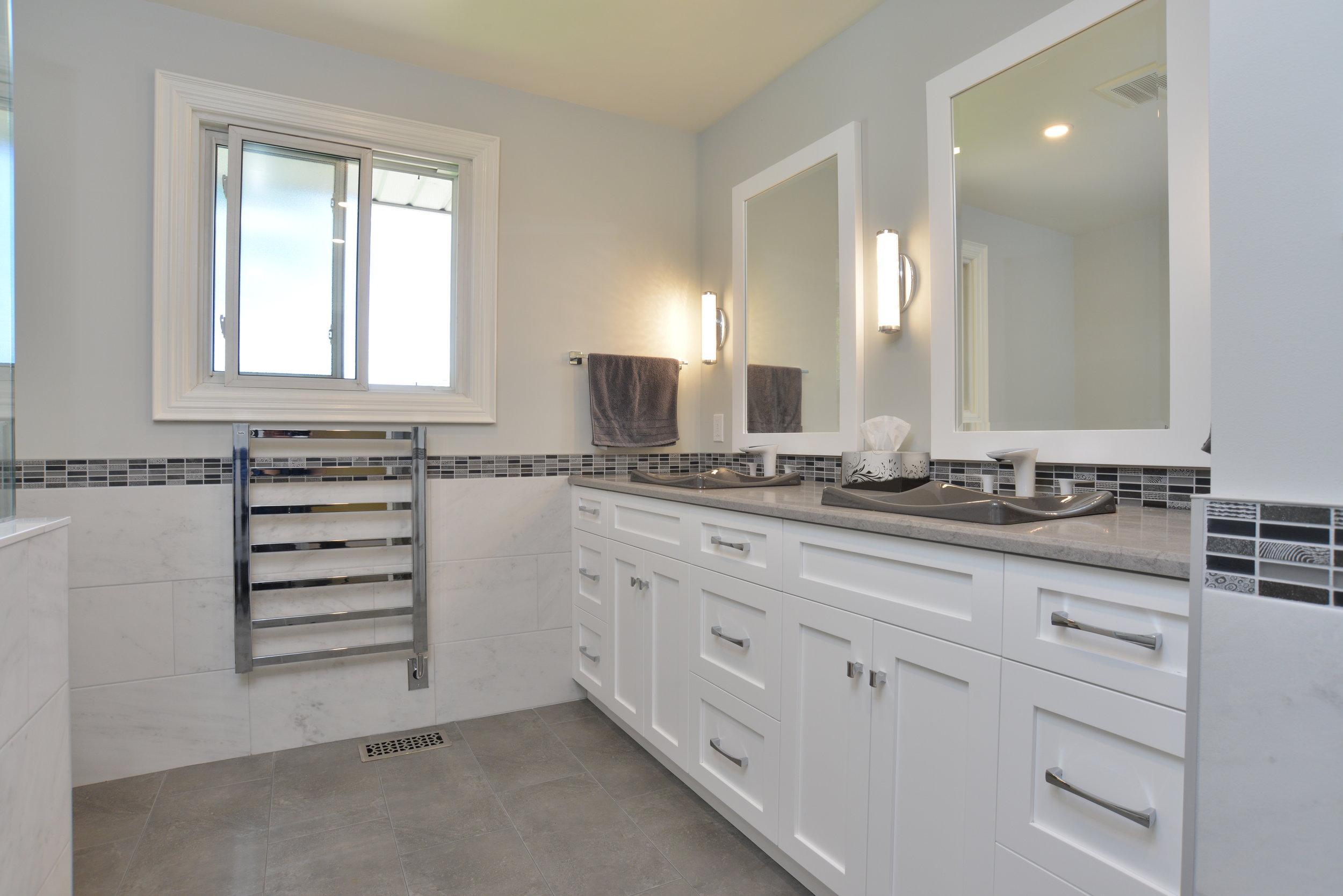 kitchens-bathrooms-03.jpg