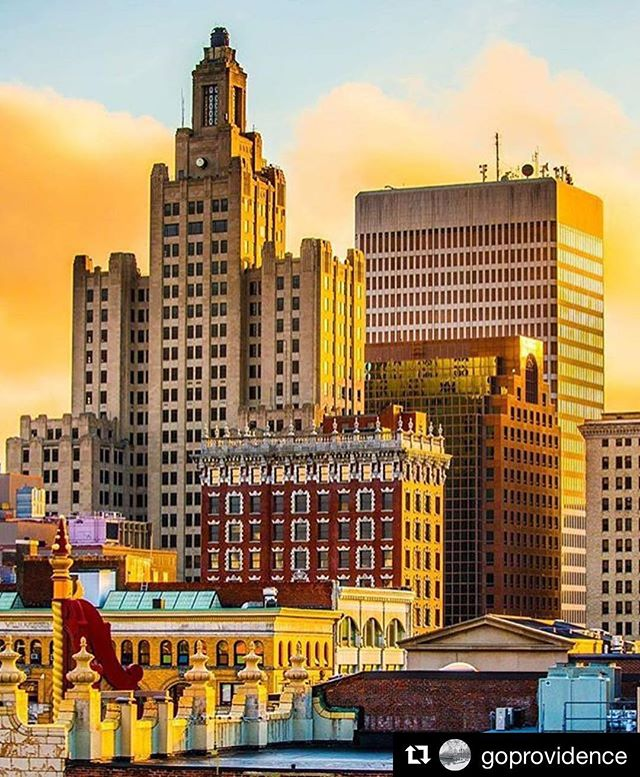 #Repost @goprovidence with @repostapp ・・・ The colors of the Providence ... welcome #spring Make sure to plan your trip and #explore this #artsy city! Thanks to @mikecohea for sharing the photo! #providence #rhodeisland #newengland #cityscape #colorful #architecture #explore #travel #springtime #wanderlust #art #cityscape #sky
