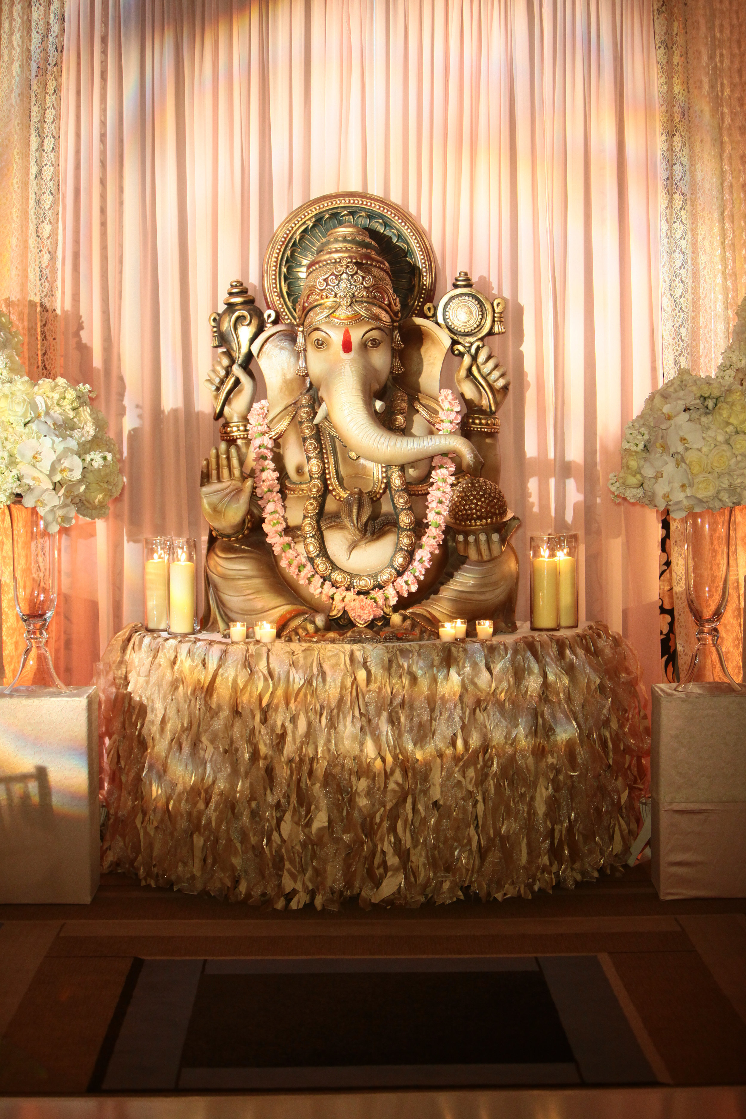 Ganesh Welcome Table