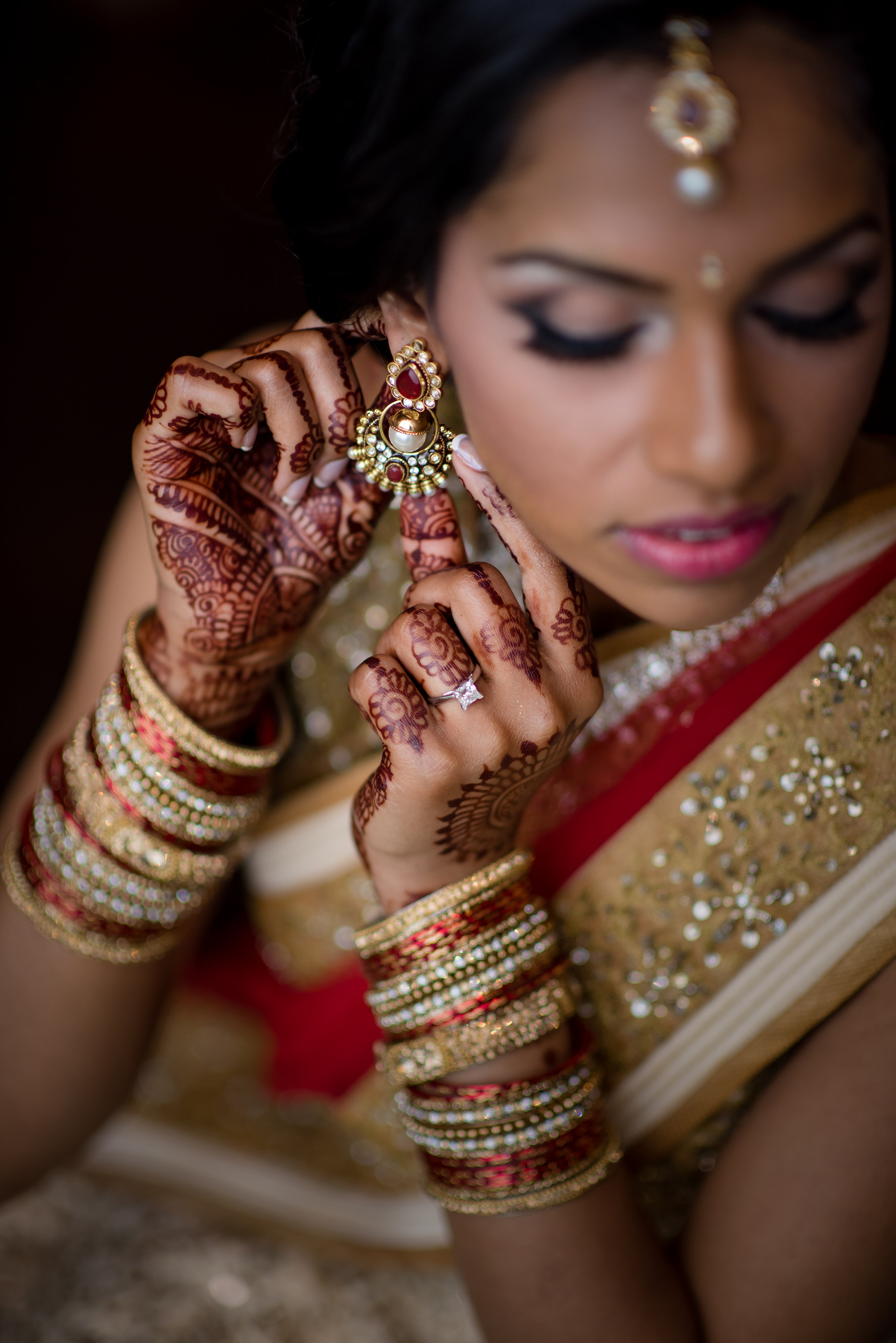 INDIAN BRIDE WITH EARRINGS