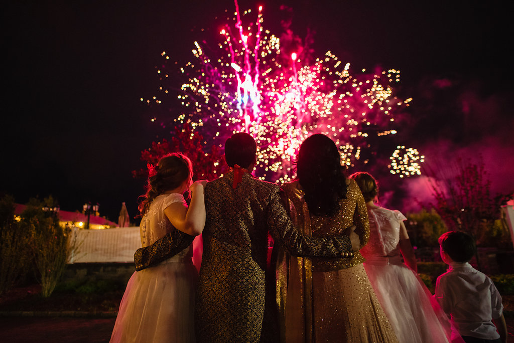 INDIAN WEDDING BRIDE AND GROOM WATCH FIREWORKS SHOW.jpg