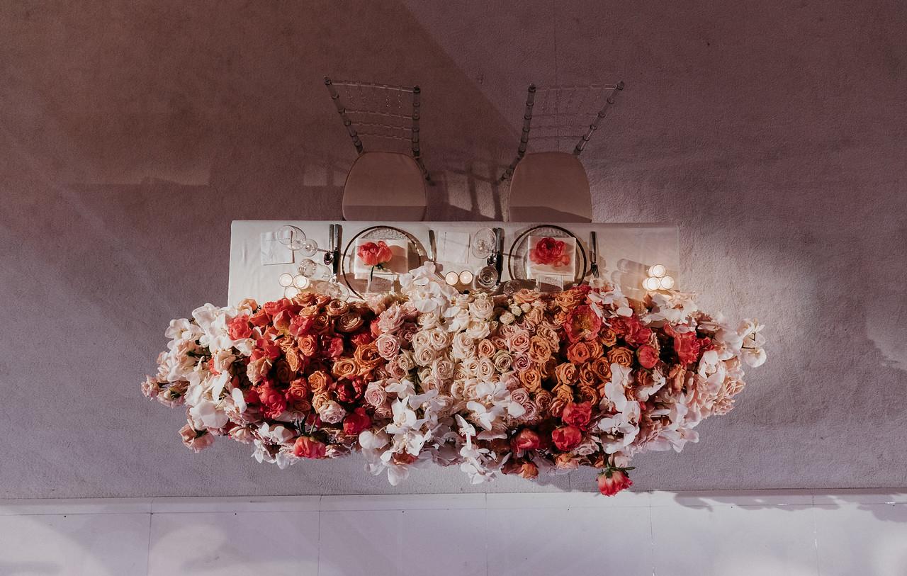 INDIAN WEDDING BRIDE AND GROOM TABLE SHOT.jpg