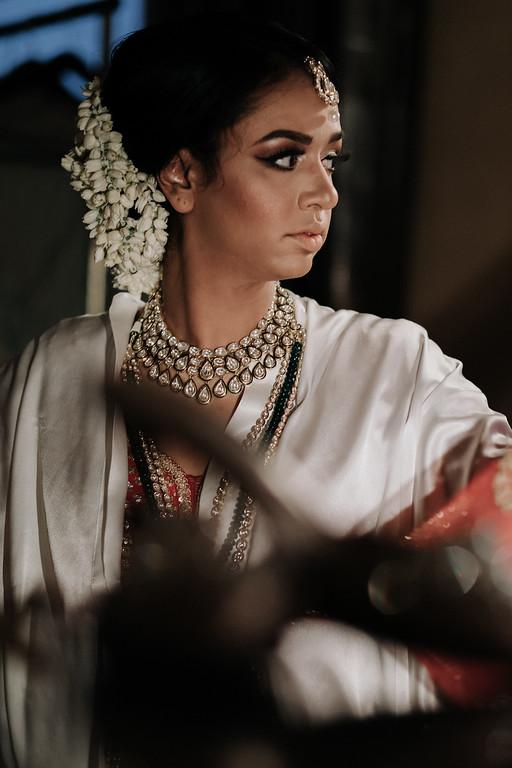 INDIAN WEDDING BRIDE WITH FLOWER HEADPIECE.jpg