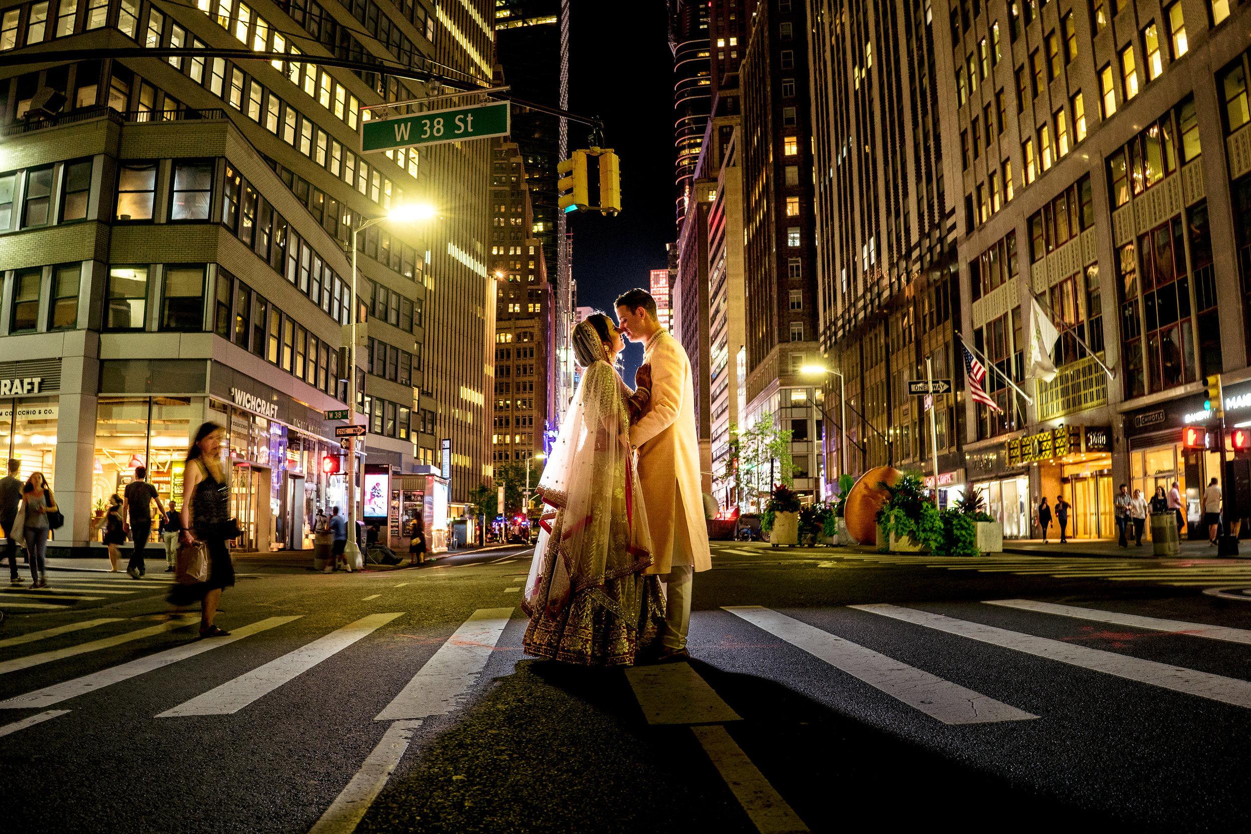 INDIAN WEDDING BRIDE AND GROOM STREET SHOT.JPG
