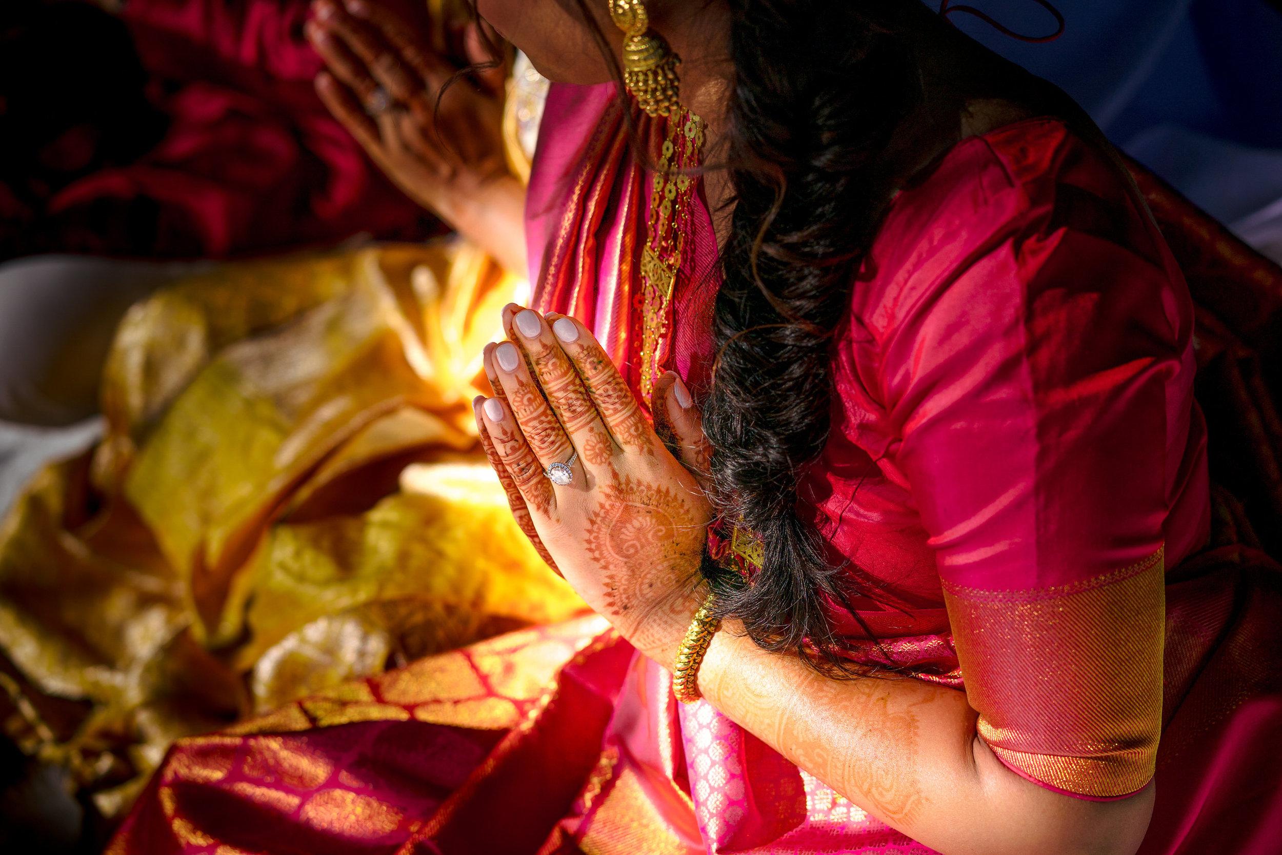 INDIAN WEDDING BRIDE HENNA.JPG