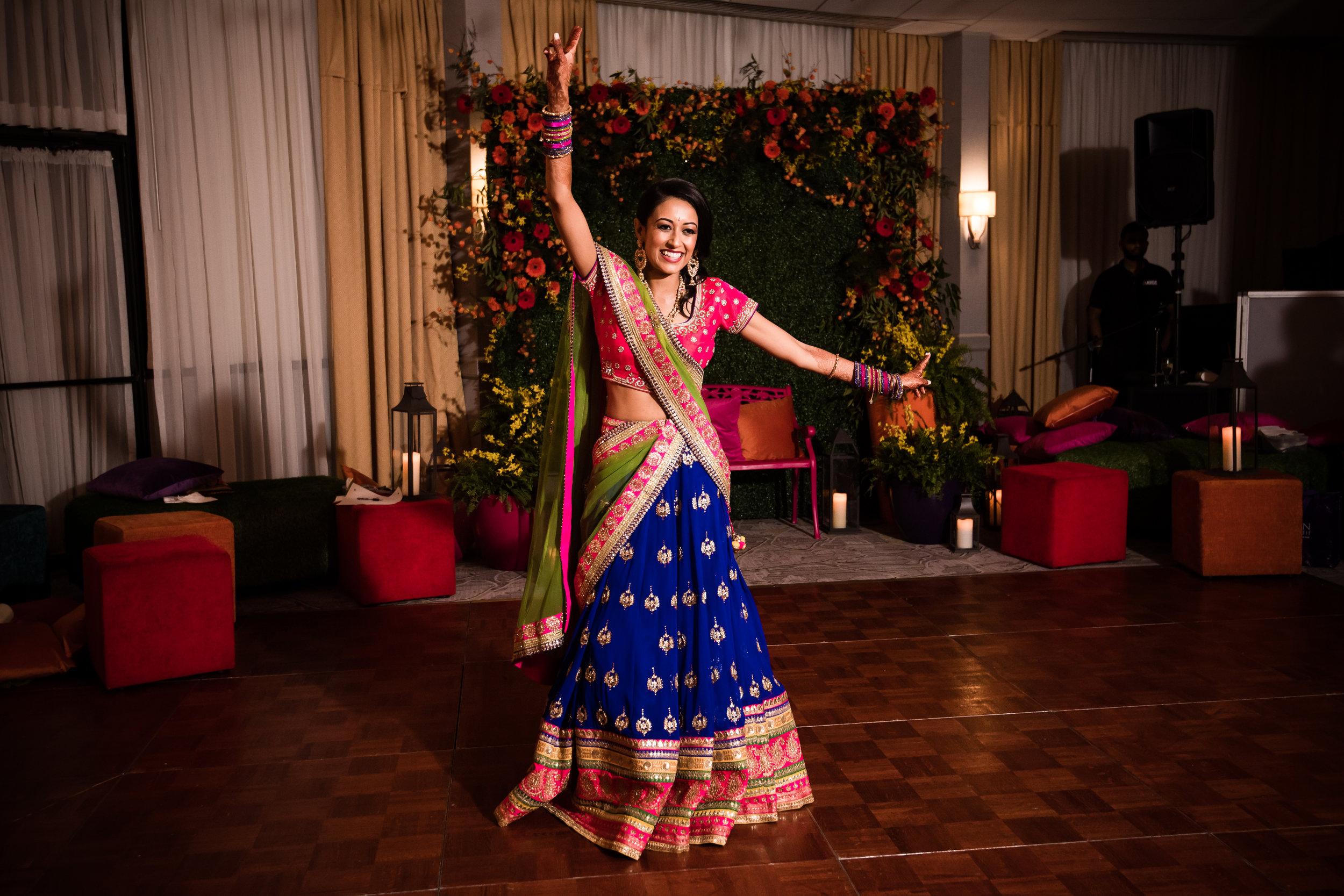 INDIAN WEDDING SANGEET BRIDE DANCING 2.jpg