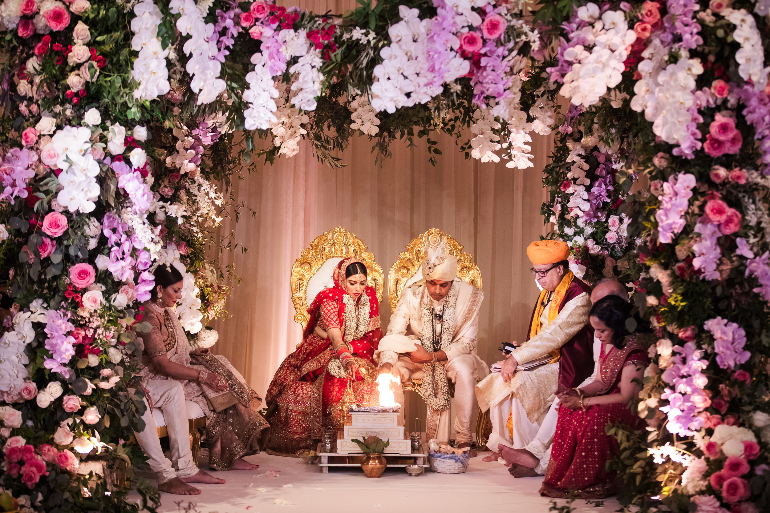 INDIAN WEDDING BRIDE AND GROOM AT ALTER 2.jpg