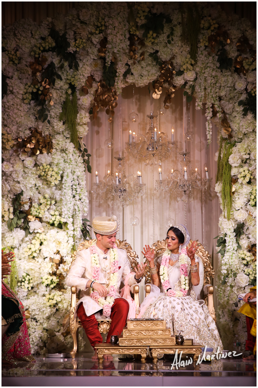 INDIAN WEDDING BRIDE AND GROOM.jpg