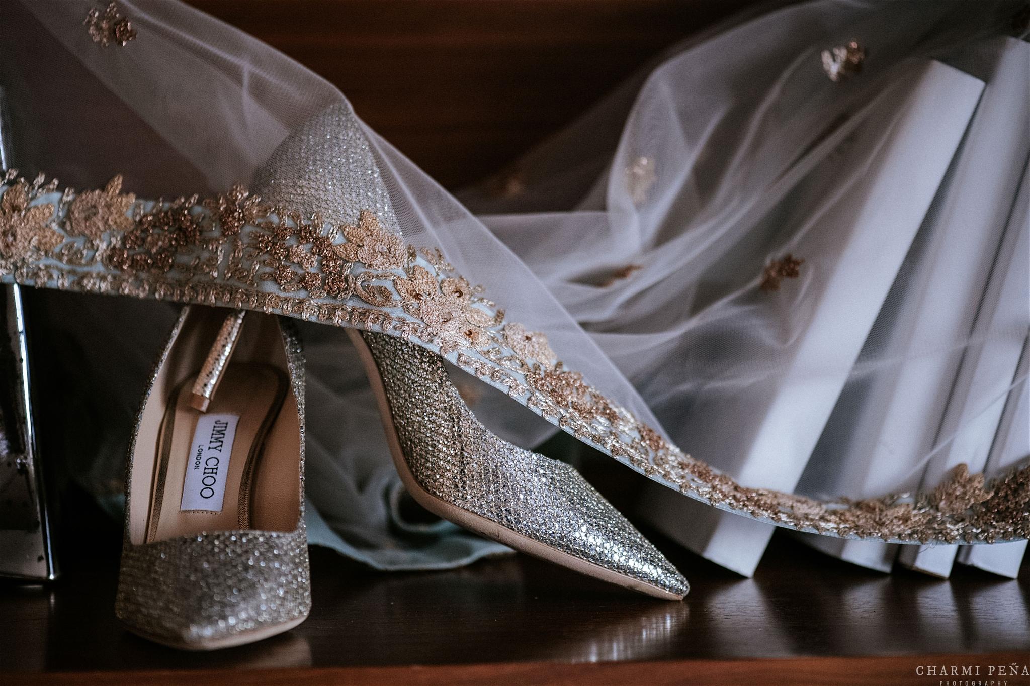 INDIAN WEDDING BRIDE SHOES.jpg