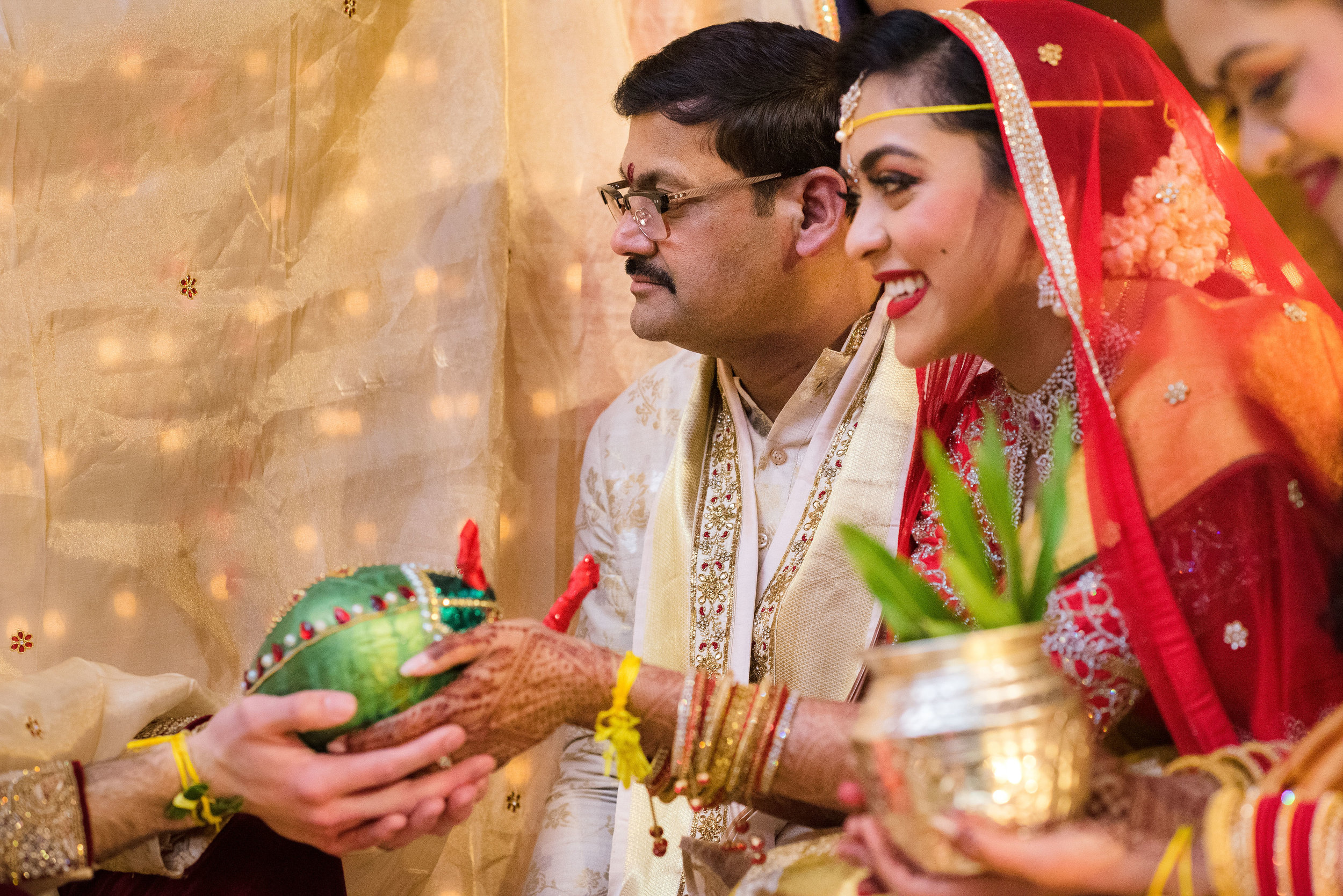 INDIAN WEDDING BRIDE AND FATHER.JPG
