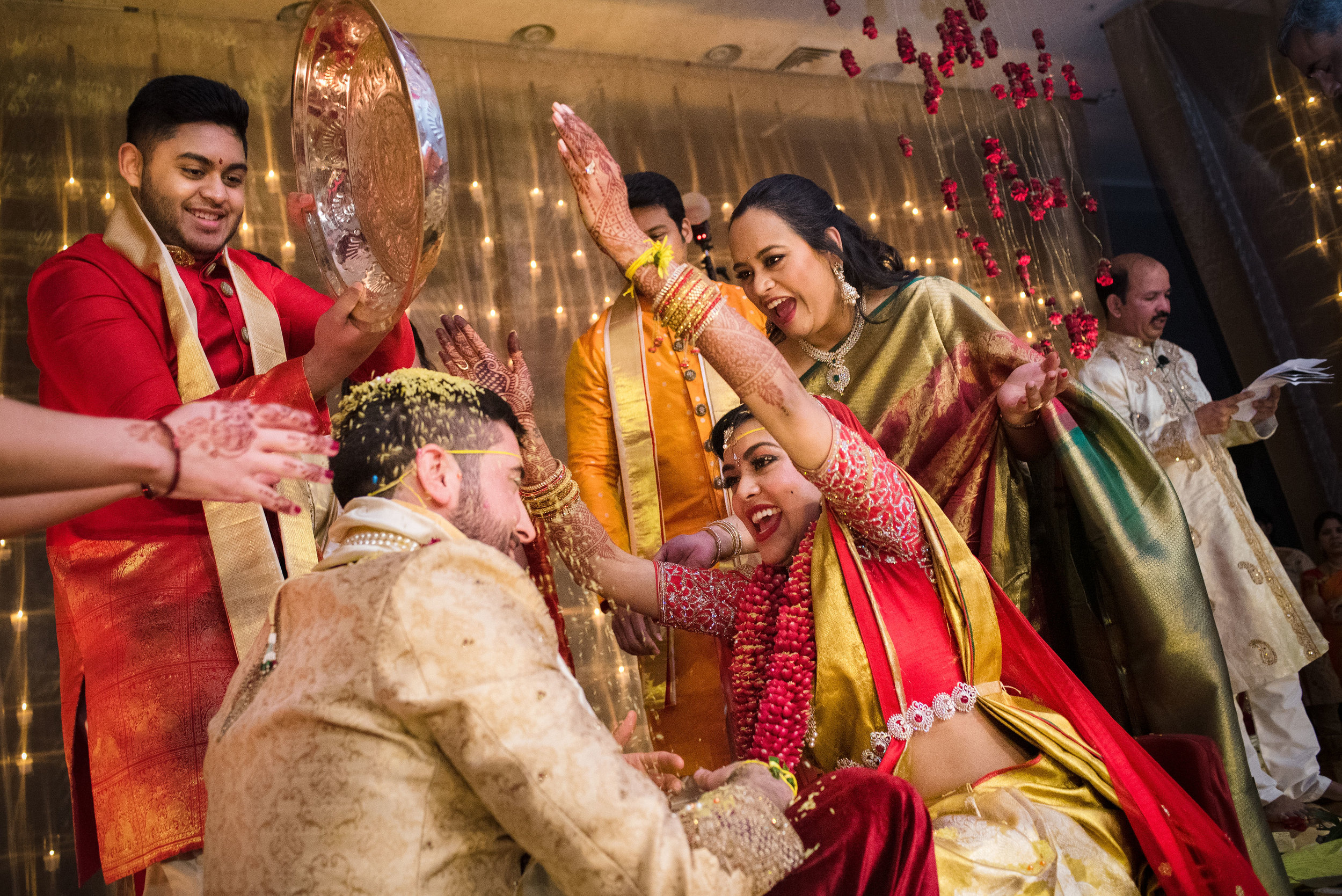 INDIAN WEDDING CEREMONY GROOM AND BRIDE.JPG