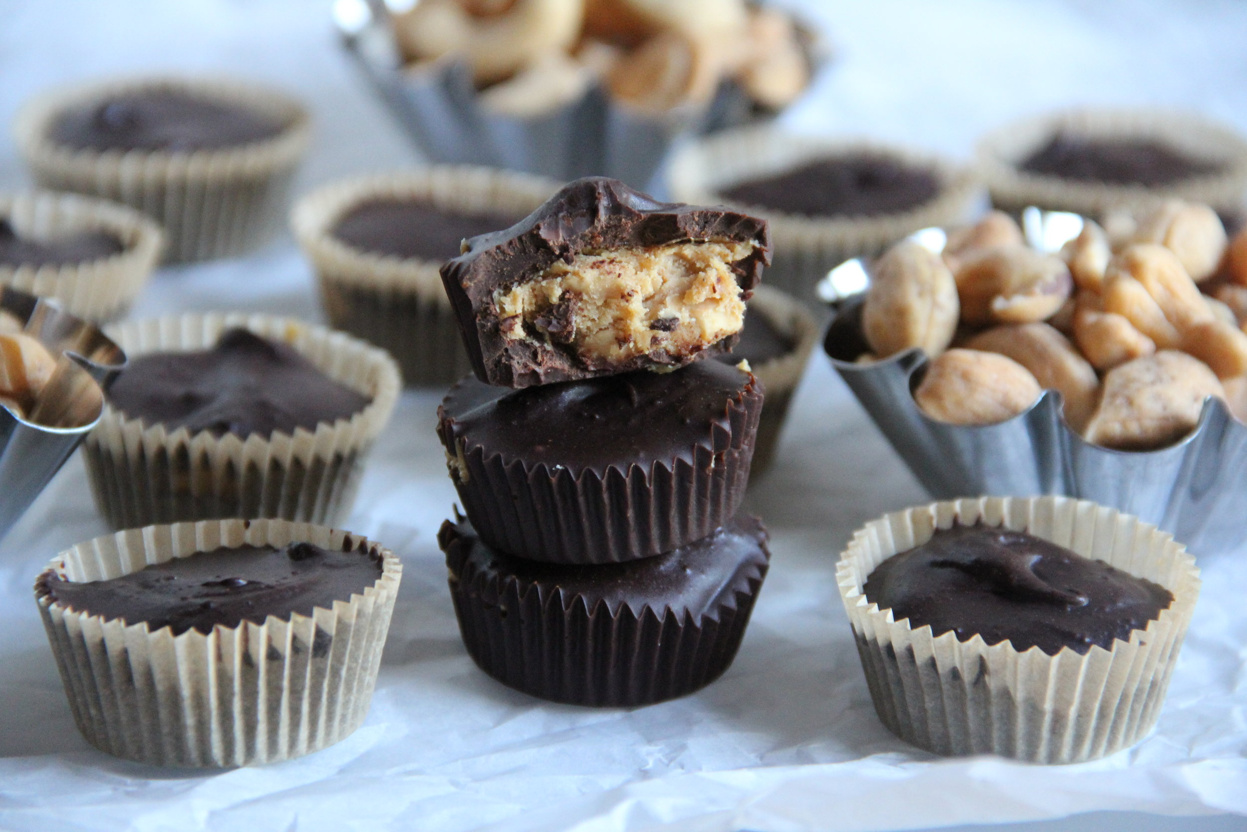 Crunch Dark Chocolate Cashew Cups