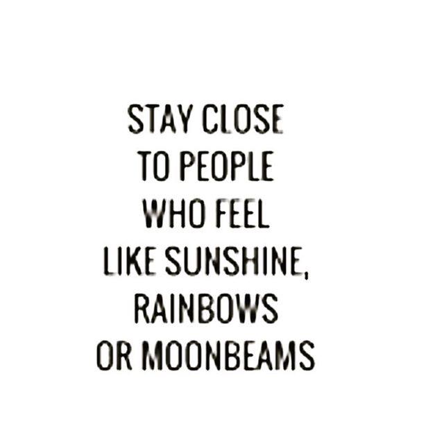 Light attracts light 🌞💫🌈 @saythesunca ✔️✔️✔️ #sunshine #rainbows #moonbeams :#saythesunca