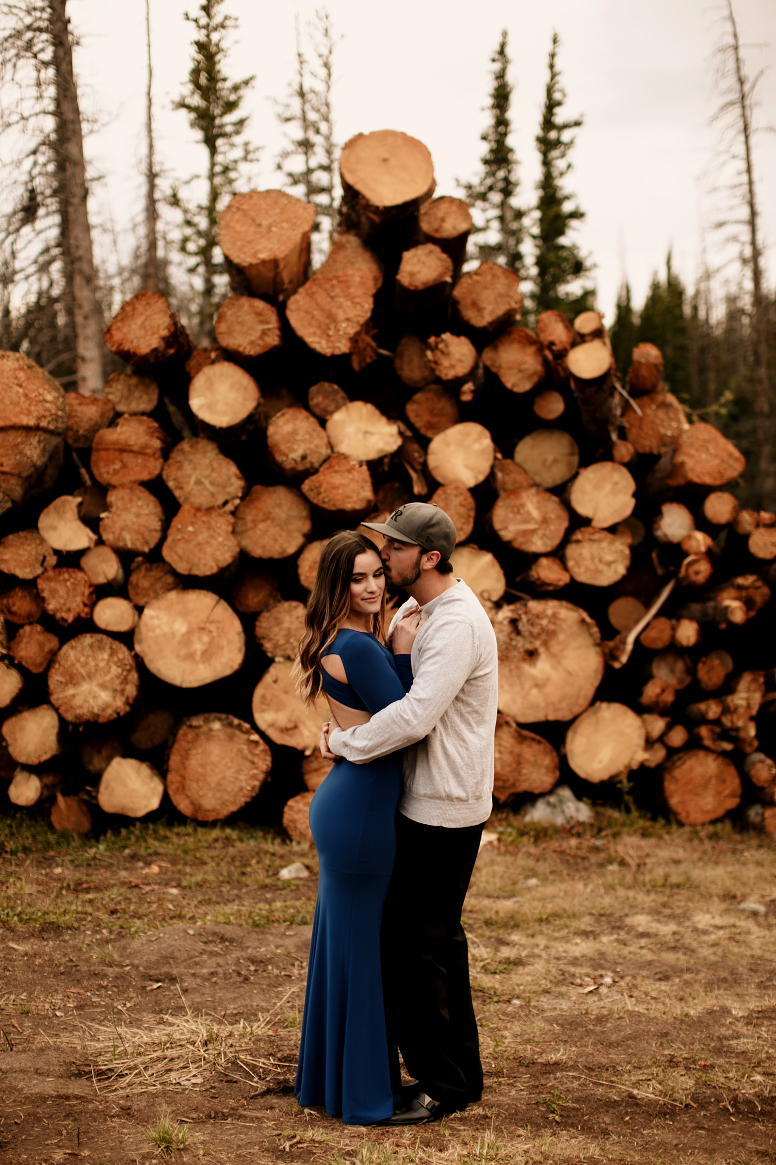 Liz Osban Photography Cheyenne Wyoming Engagement Wedding Photographer couple adventure elopement wedding laramie denver fort collins colorado rocky mountain national park37.jpg