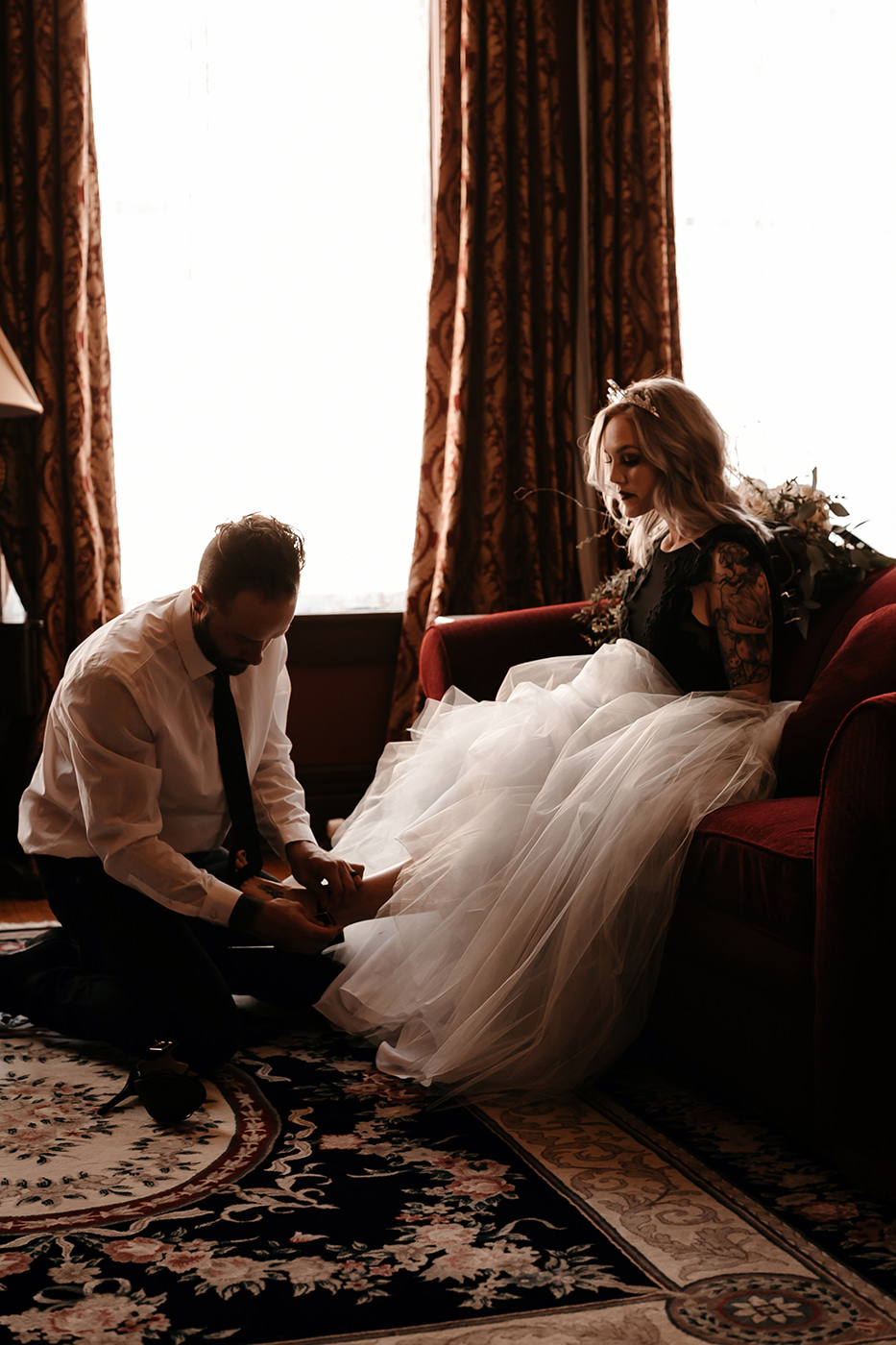Liz Osban Photography Wedding Elopement Eloped engaged engagement couples session photographer deadwood south dakota wyoming beautiful vintage moody colorado mountains vintage best vintage lease martin mason hotel 53.jpg