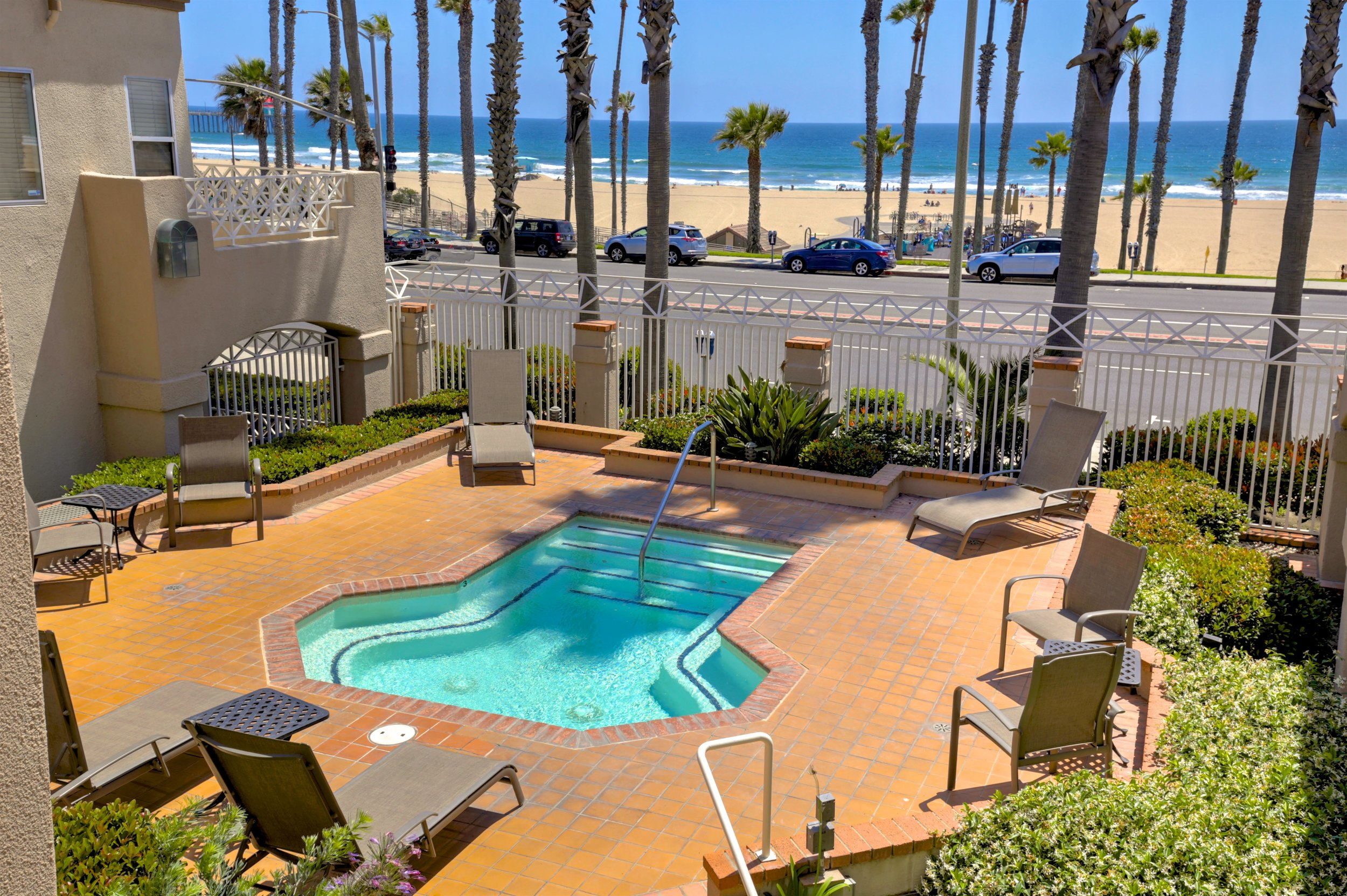 - Beautiful Beach-Front home in Faire RivageSOLD by MARIA X for $670,000900 PCH Unit 207 Huntington Beach2 Bedrooms/1 Bath/ 995 sq. ft.