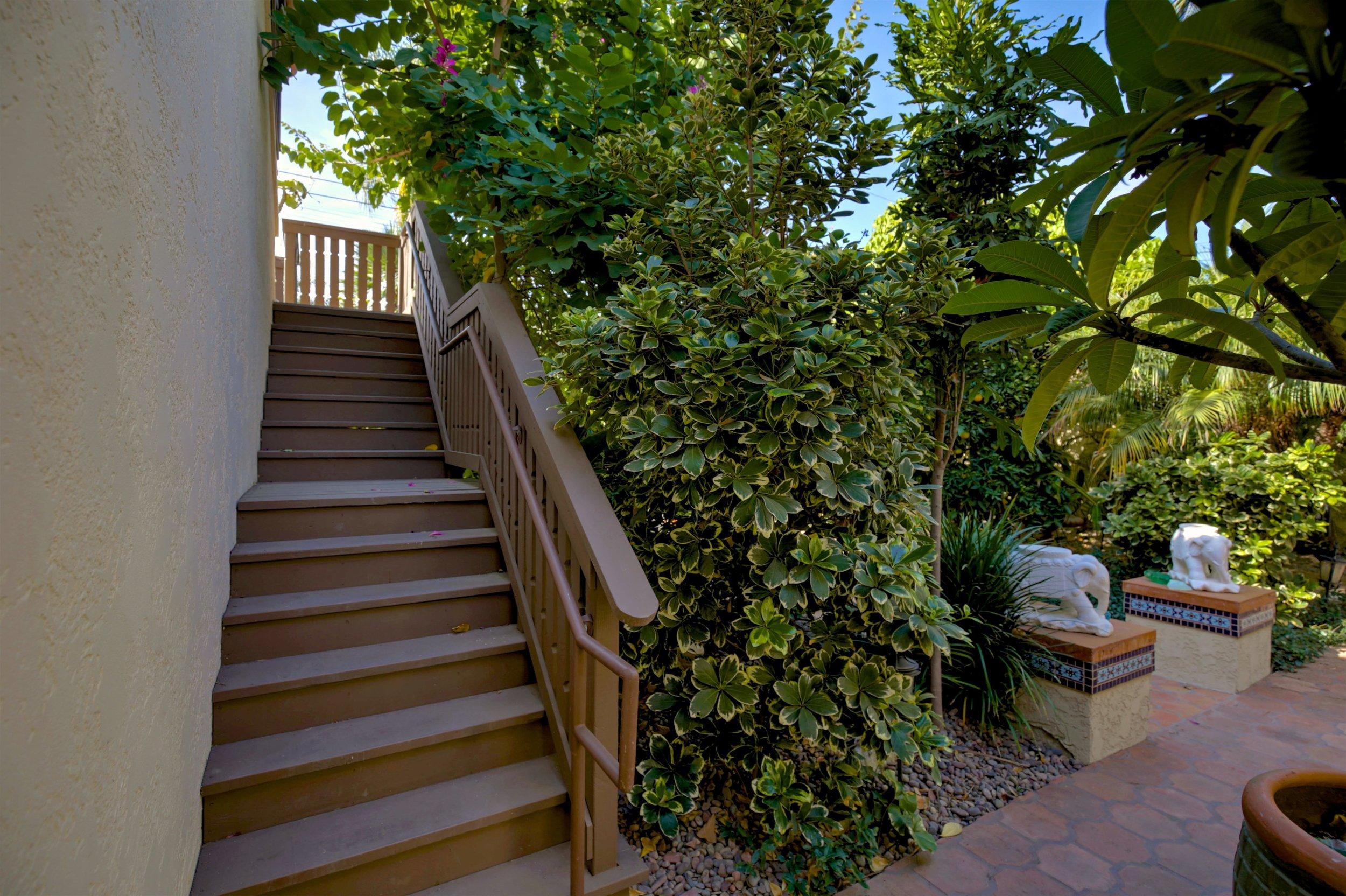 243 Euclid Ave Long Beach CA-print-084-51-243Euclid 084-4200x2796-300dpi.jpg