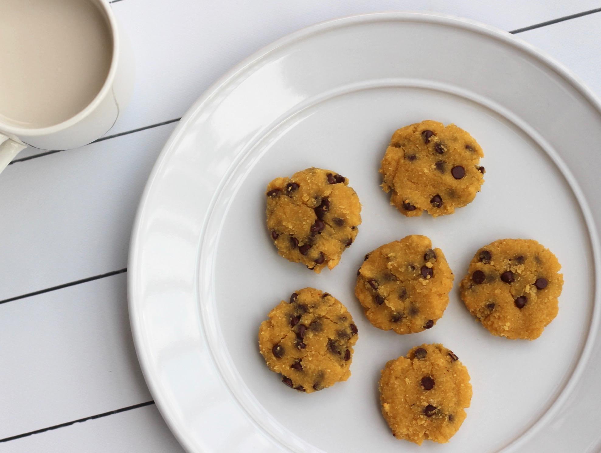 chocolate-chip-coconut-cookies.jpg
