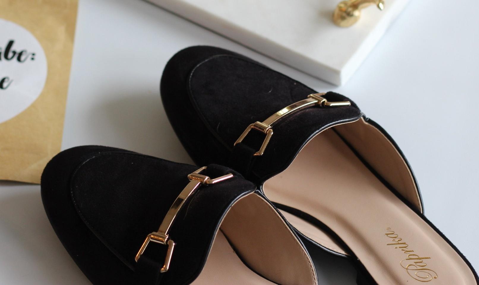 black-comfortable-slides-loafers-buckle.jpg